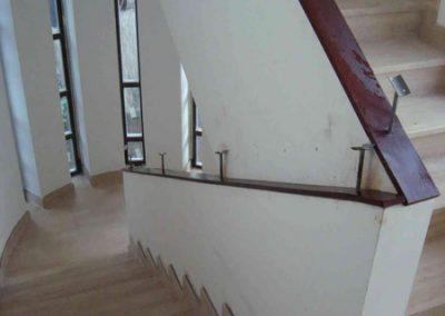 Mészkő lépcsőburkolat, onyx lépcsőburkolat és kandalló 4