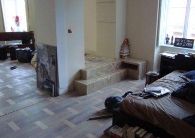 Mészkő lépcsőburkolat, onyx lépcsőburkolat és kandalló 1