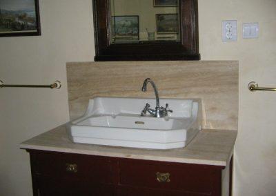 Fürdőszoba mészkőburkolat,márvány tusoló, gránit burkolat 3
