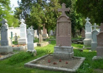 Budaörs, Ótemető, sírkőfelújítás