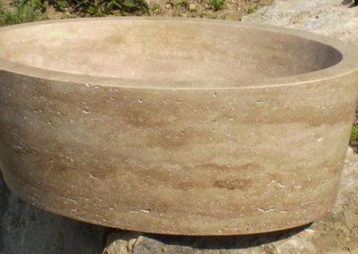 Ellipszis alakú mészkő mosdó