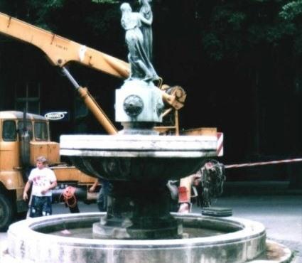 Bp, Igazság szobor - felújítás előtt